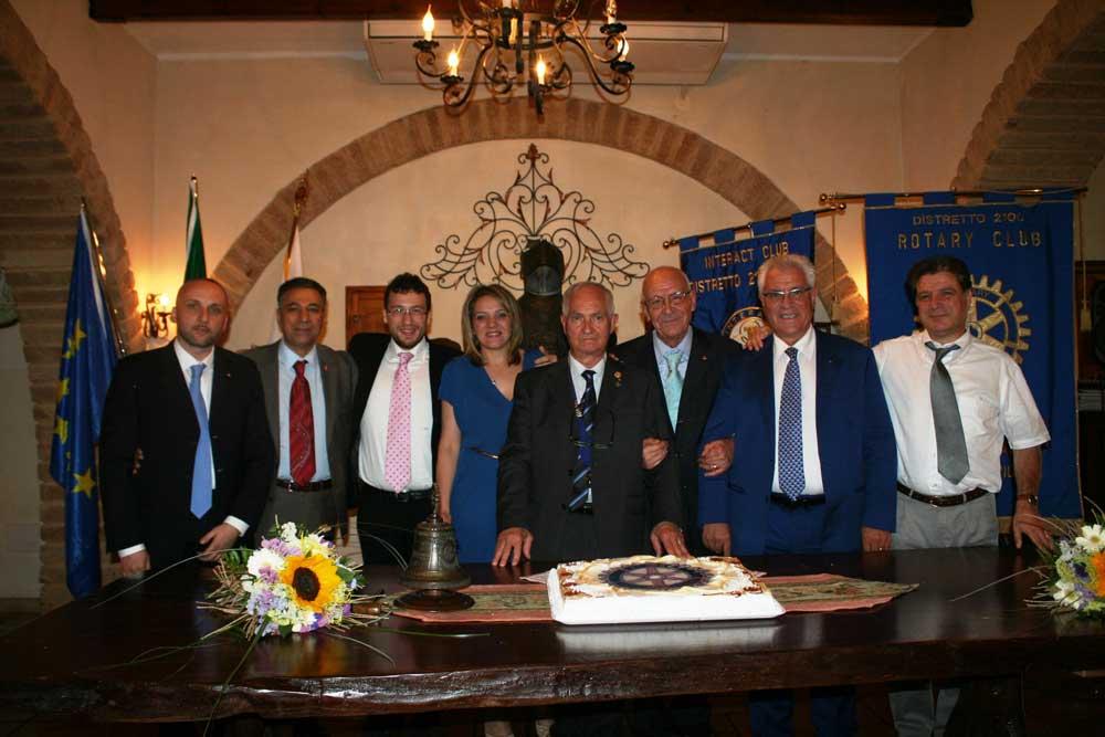 Cambio al vertice per il Rotary di Petilia Policastro