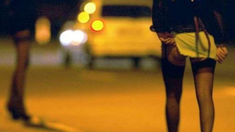Arrestato un rumeno: costringeva la moglie a prostituirsi