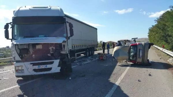 Incidente mortale a Cirò Marina sulla Strada Statale 106