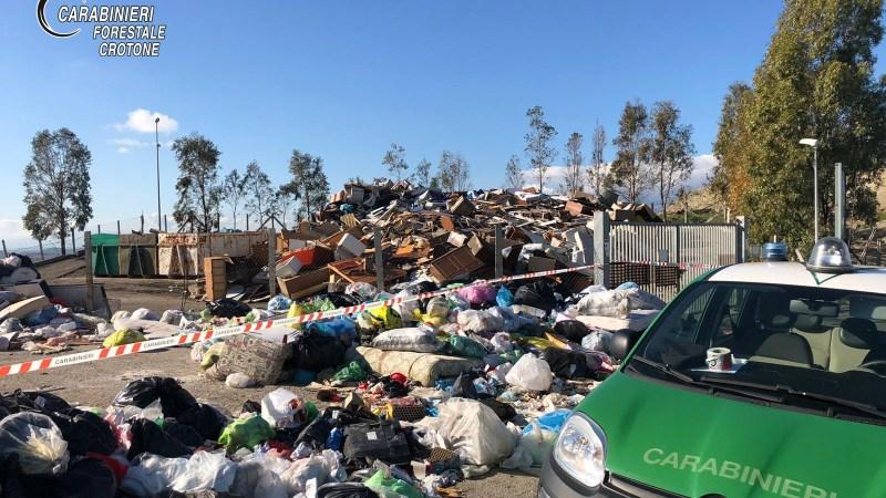 Sequestrato centro di rifiuti a Cutro