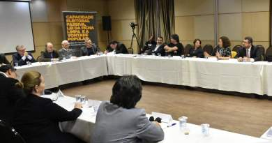 Juristas-se-reúnem-para-defender-a-liberdade-e-a-candidatura-de-Lula