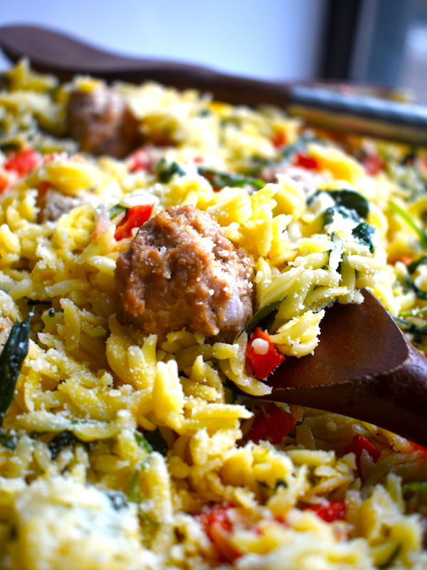 Italian Wedding Orzo with Turkey Meatballs tastes just like Italian wedding soup minus the broth! Healthy & easy. | PETITECHEFBLOG.COM