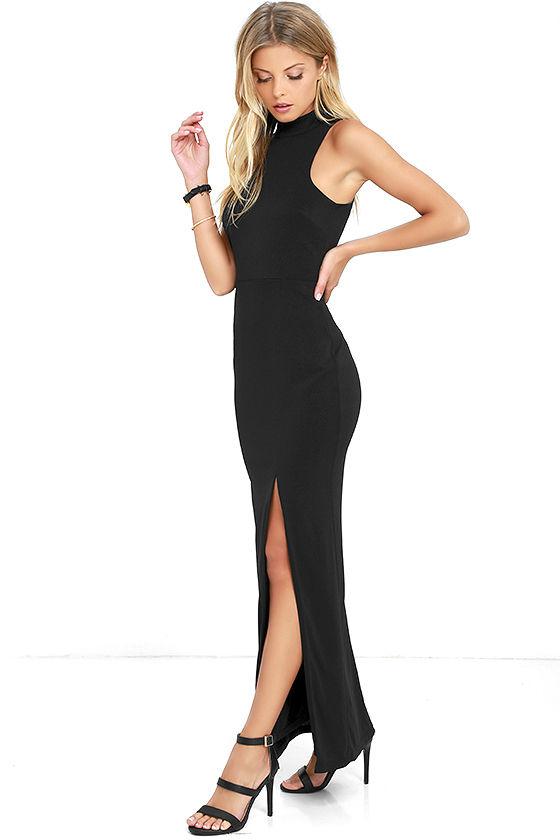 ENGRAVED INITIALS BLACK MAXI DRESS