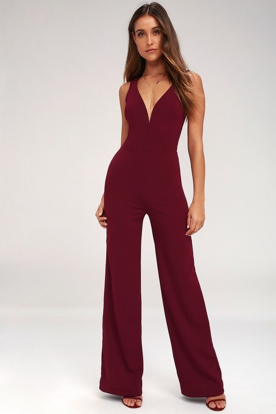 STEPPING OUT WINE RED SLEEVELESS WIDE-LEG JUMPSUIT