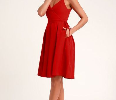 THINKING ABOUT YOU RED PLEATED FAUX WRAP MIDI SKATER DRESS