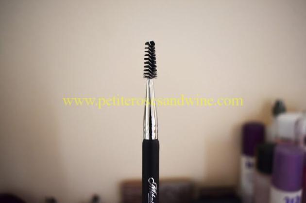 MikasaE400Closeup2 Mikasa Beauty Brushes:: Complete Eye Set & Lemon Drop Review MAKEUP