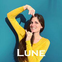 Interview | Lyla Signes, une passionnée de la langue des signes !