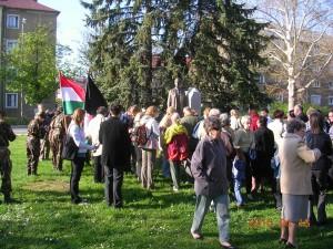 A lengyel áldozatokra emlékeznek a tatabányaiak
