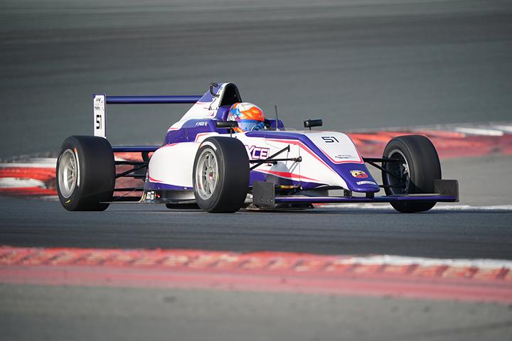 Francesco Pizzi verso il round 2 della F4UAE a Yas Marina Circuit
