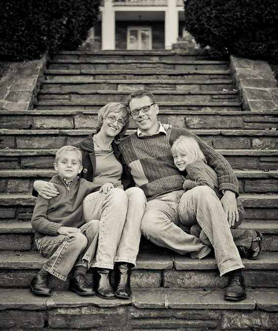Family Portraits at the Glenview Mansion in Rockville, Maryland