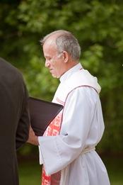 wedding officient at Mt. Airy Mansion in Upper Marlboro Maryland