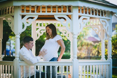 Cute Maternity and Newborn Portraits