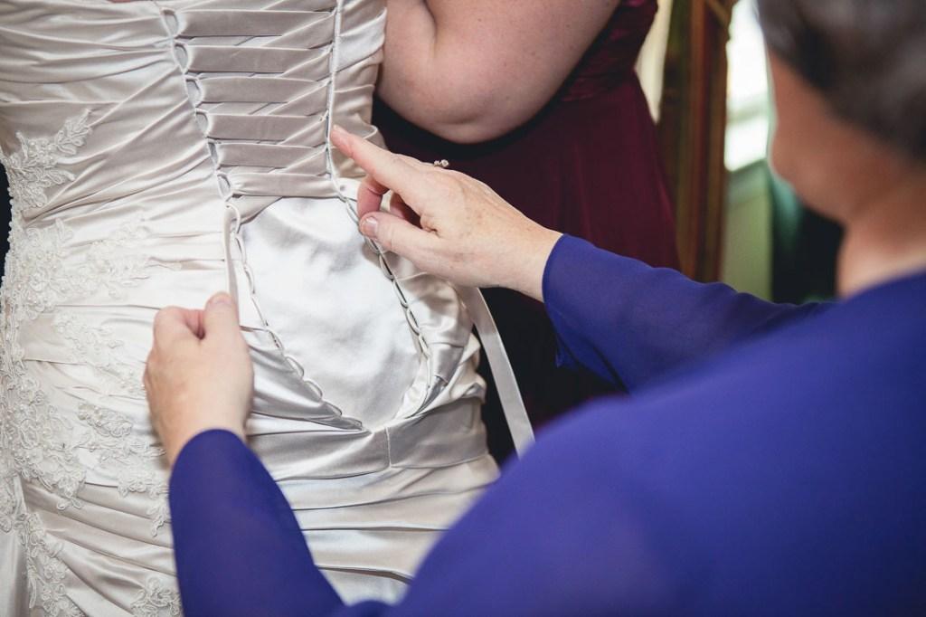 wedding-dress-laces