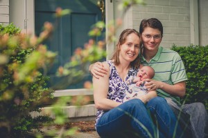 new-parents-portrait-at-home