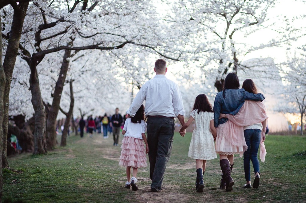 couple-walking-at-park