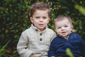 backyard-family-portraits-generations-petruzzo-photography-04