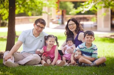 family-portraits-at-wheaton-regional-park-petruzzo-photography-03