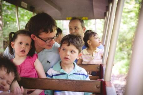 family-portraits-at-wheaton-regional-park-petruzzo-photography-10