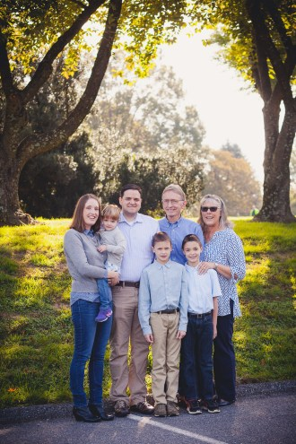 beautiful-family-revisits-the-glenview-mansion-petruzzo-photography-01