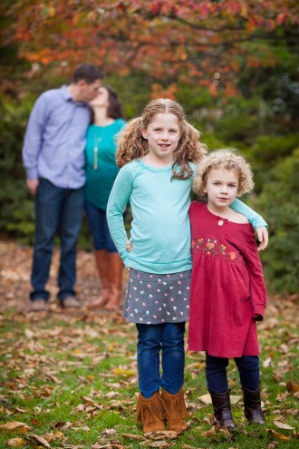 petruzzo-photography-family-in-the-forest-bethesda-07