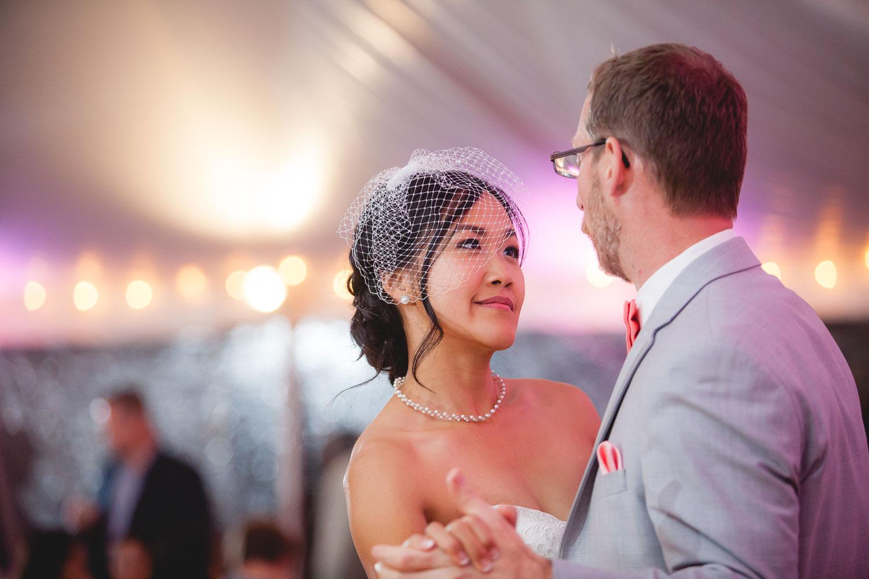 backyard-wedding-with-natures-help-09