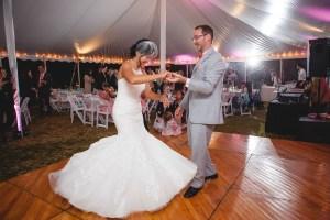 backyard-wedding-with-natures-help-10
