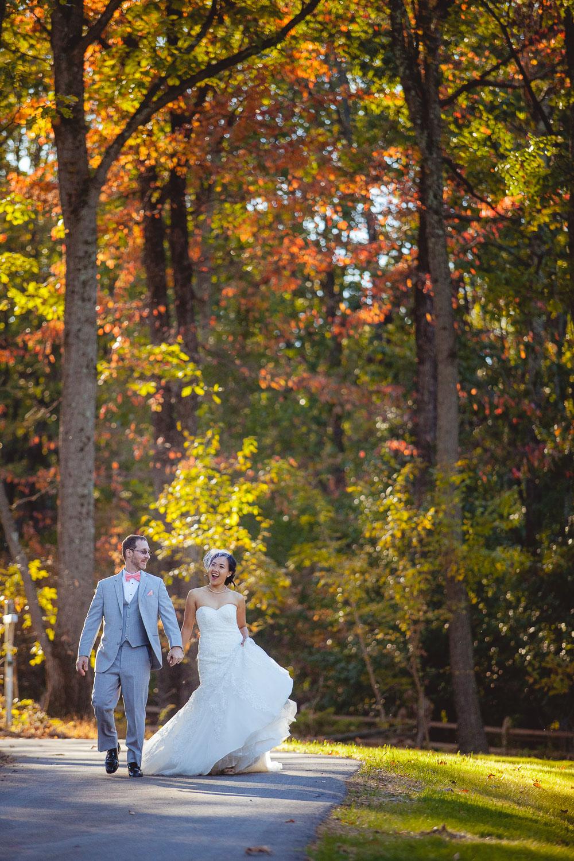 backyard-wedding-with-natures-help-43