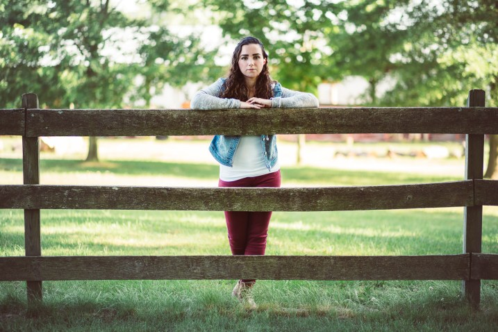Senior Portraits at Kinder Farm Park with Greg Ferko 02