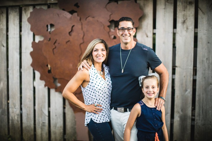A Multi-Family Portrait Session at Irvine Nature Center in Owings Mills 45