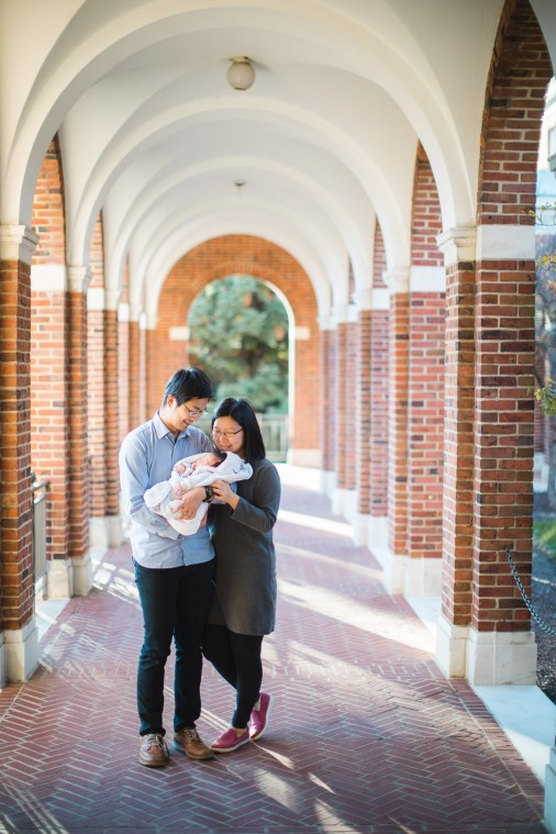 Meeting the Newborn on the Johns Hopkins Campus in Baltimore 20