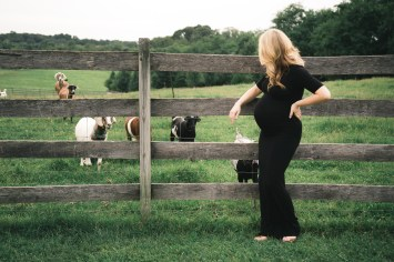 A Maternity Session from Greg Ferko at Kinder Farm Park 13