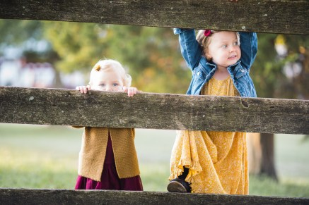 A Colorful Two-Part Autumn Family Session from Felipe 03
