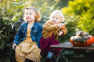 A Colorful Two-Part Autumn Family Session from Felipe 23