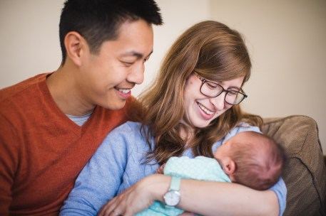 A Portrait Session with a Newborn Family 07