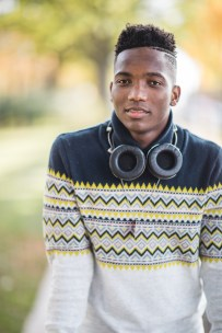 A Meandering Senior Portrait Session on the Streets of Downtown DC 02