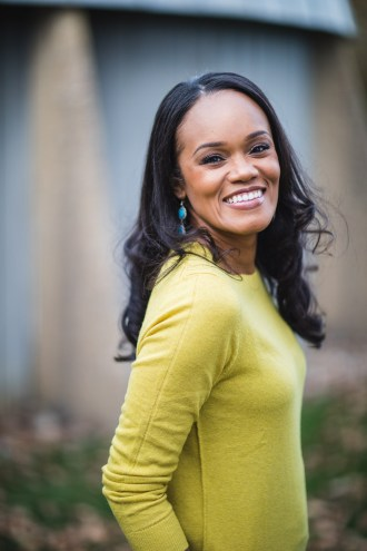 A Quick Hassle-Free Headshot Session in Annapolis 13