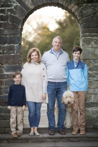 Felipe Returns to the Glenview Mansion for a Catch Up Session With This Beautiful Family 21