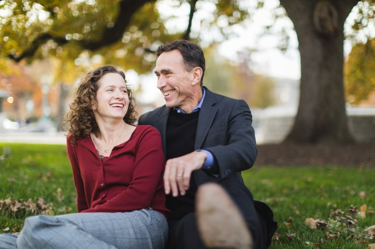 Wandering the Grounds Around the Supreme Court for This Family Portrait Session 02