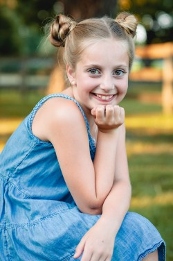 An Extended Family Portrait Session at the Garrison School 23