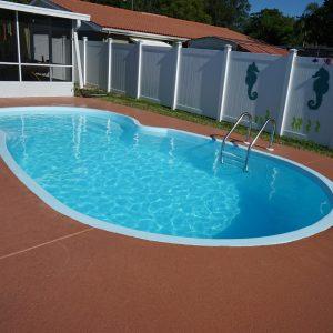 Laguna 11' x 23' Pettit Fiberglass Pool