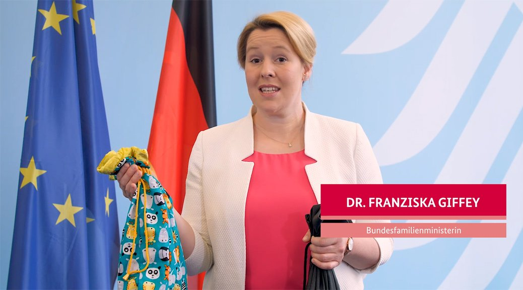 Schirmfrau Bundesministerin Dr Franziska Giffey Stellt Die Starke Kinder Kiste Vor Petze