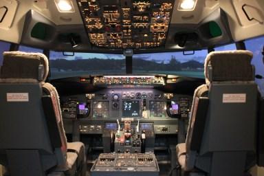 Simulateur de vol Flight Experience utilisé dans les stages contre la peur en avion