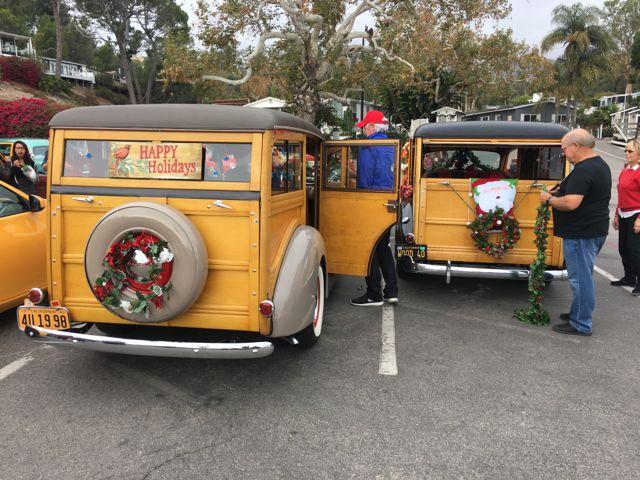 img_4141 - Christmas Car Parade Decorations