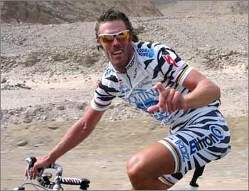 https://i1.wp.com/www.pezcyclingnews.com/photos/riders/cipoegypt4.jpg
