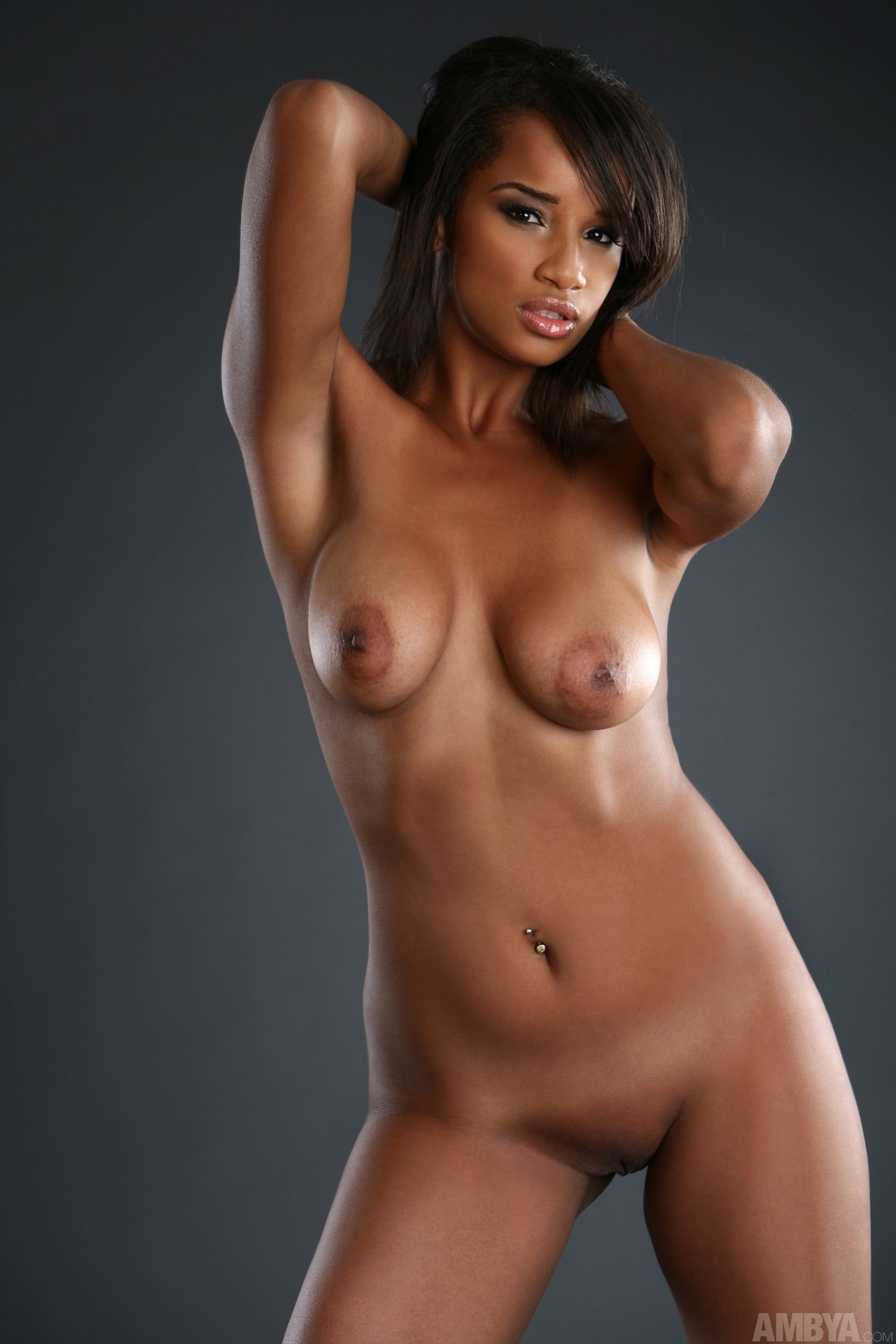Beautiful ebony nude black women — pic 2