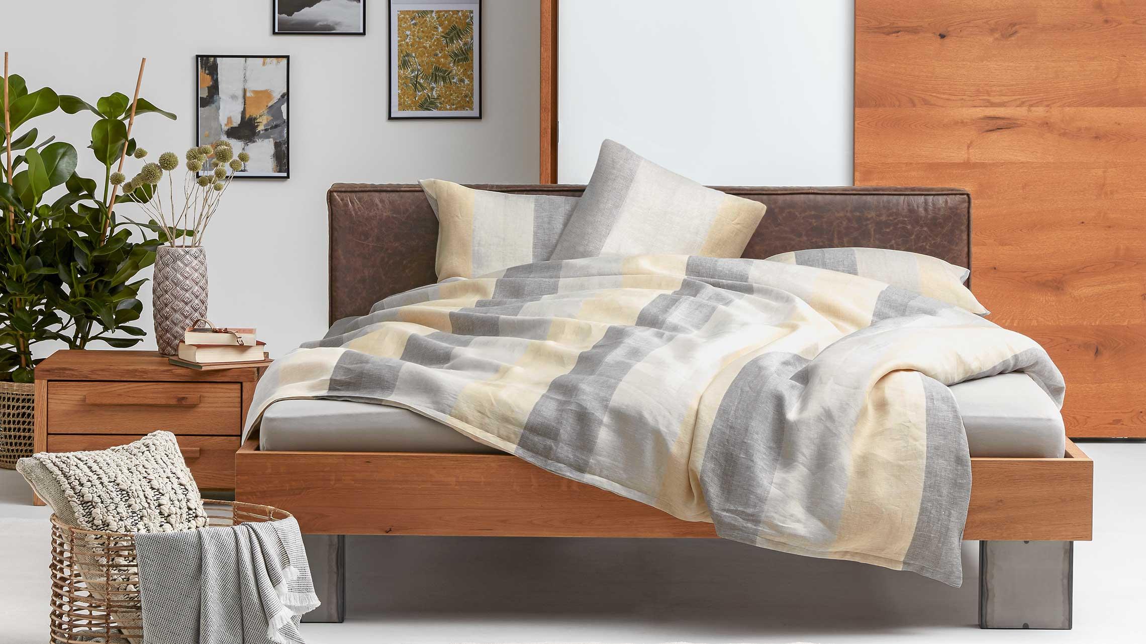 Teppich Vorm Bett Anzeige Make Your Bed The Cosiest Place
