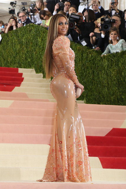 Showing why she's the Queen B - Beyonce turns a mishap at the condom factory into high art