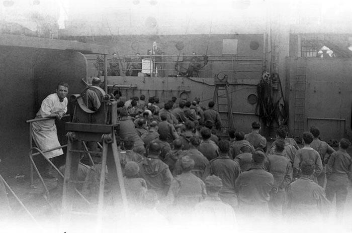 Photo guerre mondiale abimée