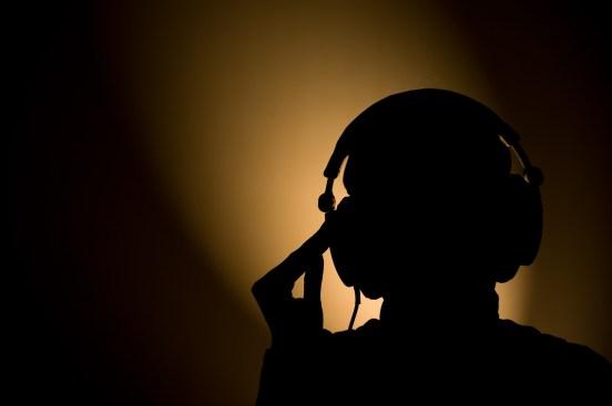 headphone silhouet by Philippe Put
