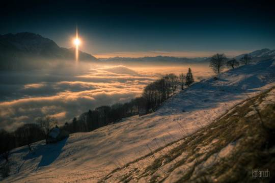moon-and-venus-over-switzerland-2